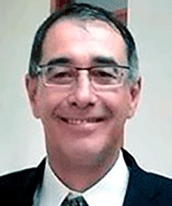 Dr. Eduardo de Menezes Gomes